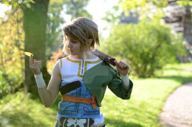 Legend of Zelda - Early autumn gold by CrisisCosplay