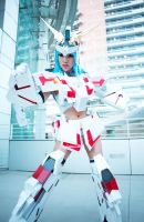 MS Unicorn Gundam Girl by VampBeauty