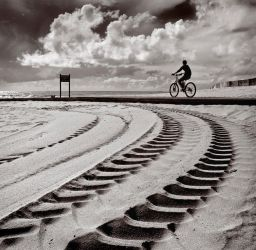 Speed on the Sand by JoseMelim