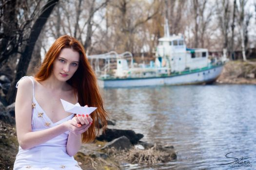 Girl and white ship_3 by Selora