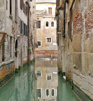 Lost in Venice VIII by SilverMixx