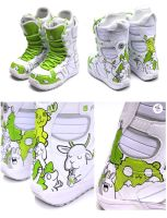Custom snowboard shoes by Bobsmade
