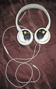Owl City Headphones1 by Susutastic