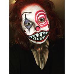 Evil clown  by ScarahScrewdriveR