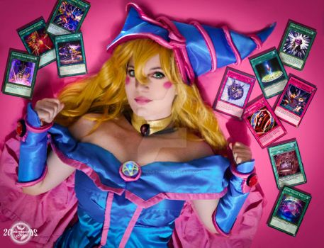 Lay Down the Support - Dark Magician Girl Cosplay