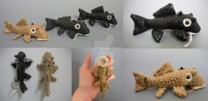 Keychain Pleco Plushies by WhittyKitty