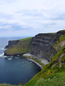 Cliffs of Moher: North by Renartus