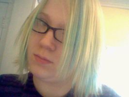 :New Hair: by ZombiexFood