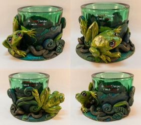 Green Tealight Glass with a Frog by spaceship505