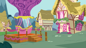 Hot Air Balloon in Ponyville by CloudyGlow