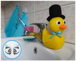 Bathroom duckie by CoraliaToys