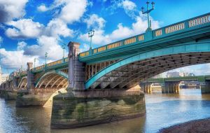 Southwark Bridge by thegreatmisto