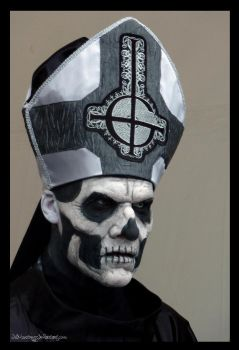 Ghost - Papa Emeritus II - Hellfest 2013 by Wild-Huntress