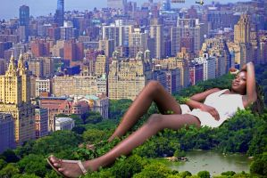 Giantess in New York City by lowerrider