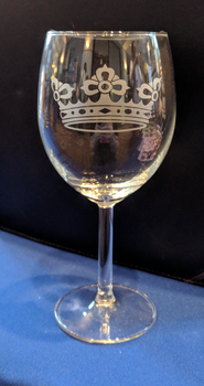Heraldic Crown Etched Wine Glass by VikingSheep