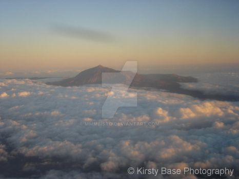 Mount Teidi from the sky by mmmbisto