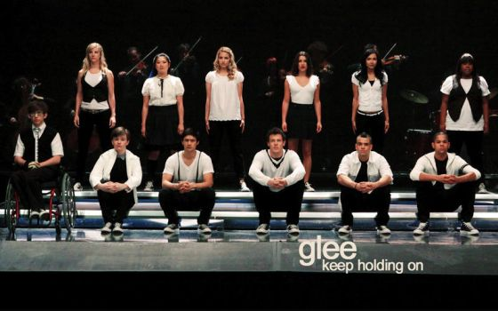 Glee - Keep Holding On by annlaurence
