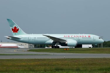 Air Canada's 2nd 787-8 by tdogg115