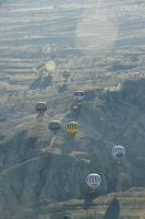 Balloons in the morning sky by Heurchon
