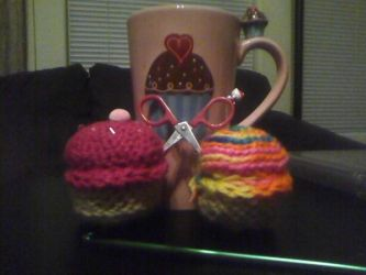 Crocheted Cupcakes by Jessica-Pot