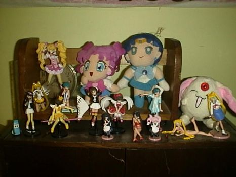 Anime figures and plushies by Williefleete