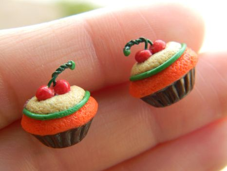 Wreck It Ralph Cupcake Studs-Polymer Clay-Disney by ThePetiteShop