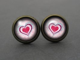 Cute earrings with romantic hearts by Divenadesign