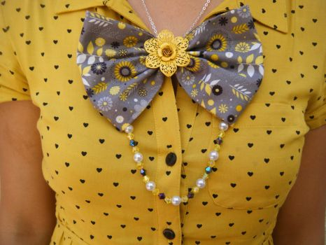 Fabric Bow Necklace by messypink