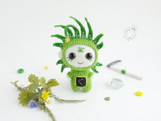 June, Grass, the Space Traveller by theAmigurumer