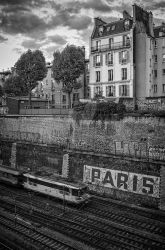 Paris... by volkanersoy