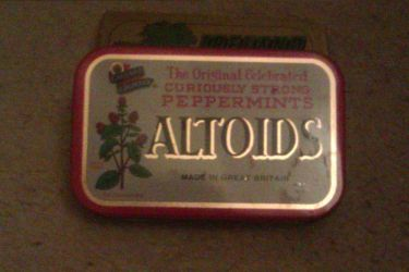 Altoids Peppermints tin by TheLegendOfTheRose