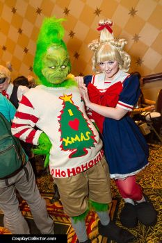 How the Grinch Stole Christmas by Hopie-chan