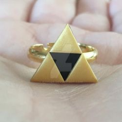 Triforce Golden Ring by Asmaee