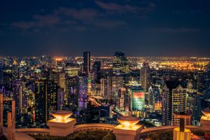 Bangkok Skyline by faisalh