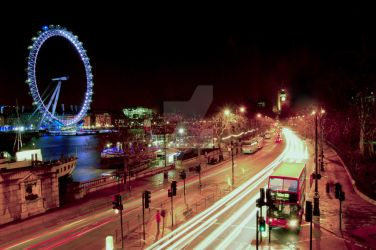London Lights by AlanSmithers