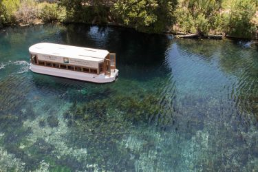 Glass bottom boat tour by Ankh-Infinitus