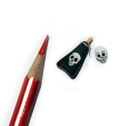 MINIATURE Skulls for Witch and Poison Bottle Polym by Juliola