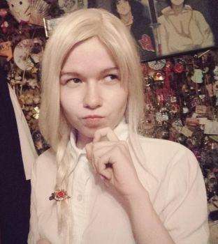 Keeler costest by signore-illusionista