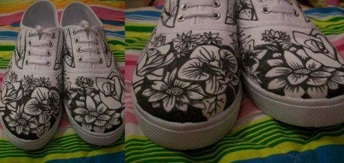 flowery shoes by CultCartoon