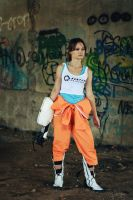 Master of the Portal Gun - Chell cosplay by Lavi-Deak