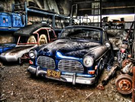 HDR Tutorial Photoshop 5 Shots Actions 1969 Volvo by anilync