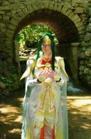 Queen Elincia, Radiant (Fire Emblem Cosplay) by brightling