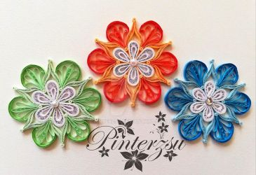 Colourful Christmas tree ornaments by pinterzsu