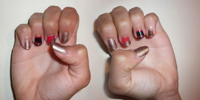 Klaine nail style ...kind of... xD by gabach