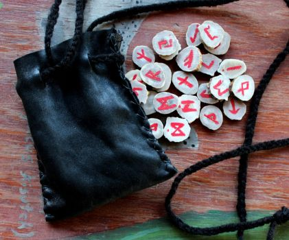 Antler Rune and Ogam Sets Available! by lupagreenwolf