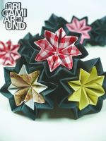 Origami venuses from different kind of papers by OrigamiAround