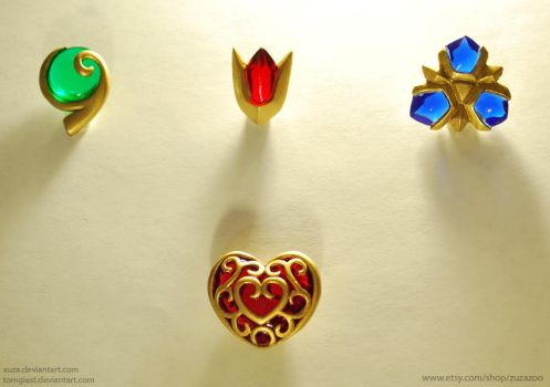 LoZ: Spiritual Stone and Heart Charms by xuza