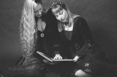 Let's read a book...like in old times... by MalwinaD