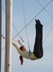 Trapeze 9726 by ClickCity