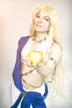 Apollon -  The apple of discord by Aliceincosplayland